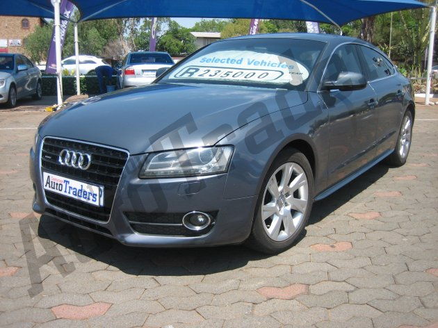 Used Audi-A5-3.0 TDi Bi- Turbo Automatic 2010 for Sale in Gauteng-Centurion (46116)