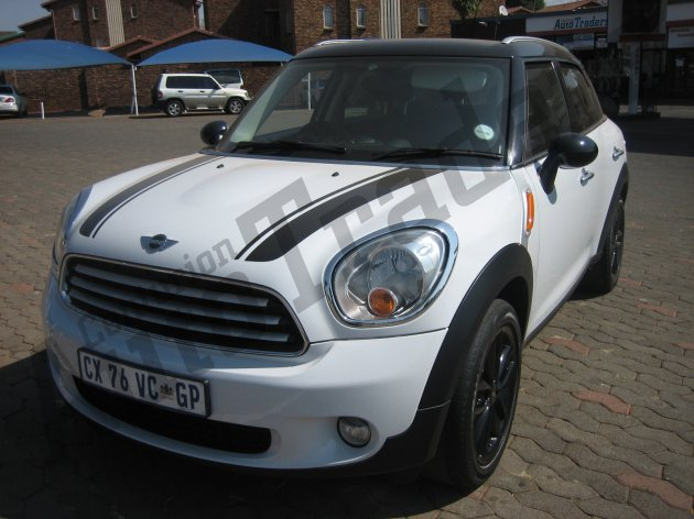 Used Mini-Cooper Countryman-1.6 T Manual 2014 for Sale in Gauteng-Centurion (46220)