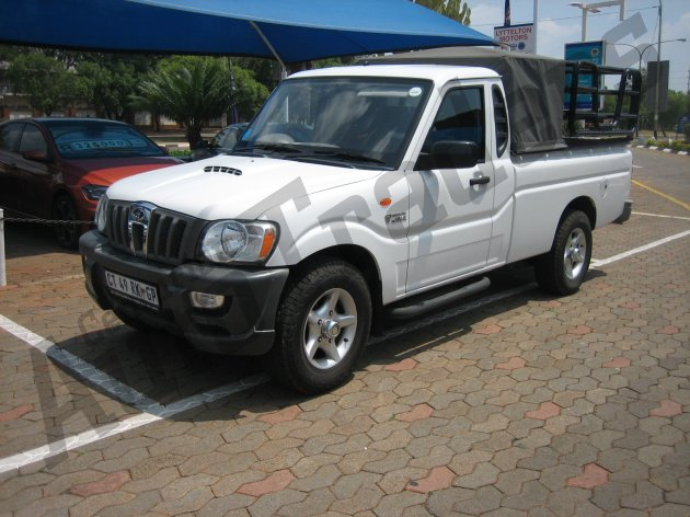 Used Mahindra-Scorpio-2.5TD m-Hawk S/C Pick Up Manual 2013 for Sale in Gauteng-Centurion (46281)